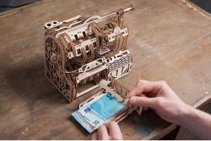 «Cash Register» mechanical model kit