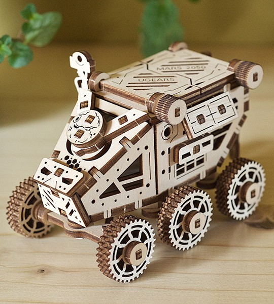 UGEARS «Mars Buggy» mechanical model kit