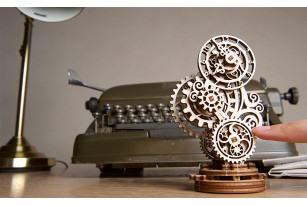 «Steampunk Clock» mechanical model kit